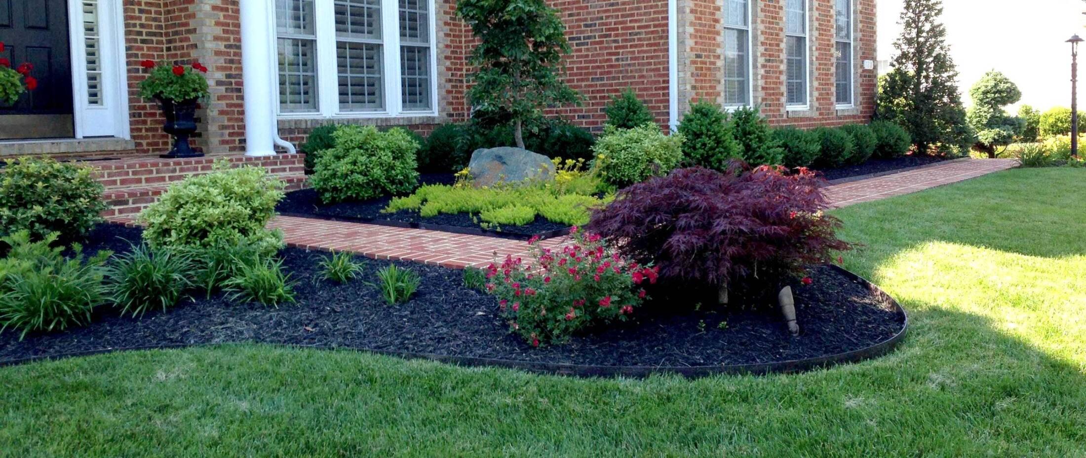 landscaping-brick-walkway-and-lighting