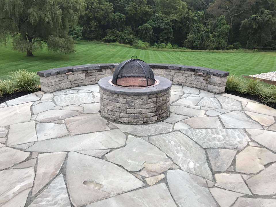 Woodfield Outdoor Fireplace3