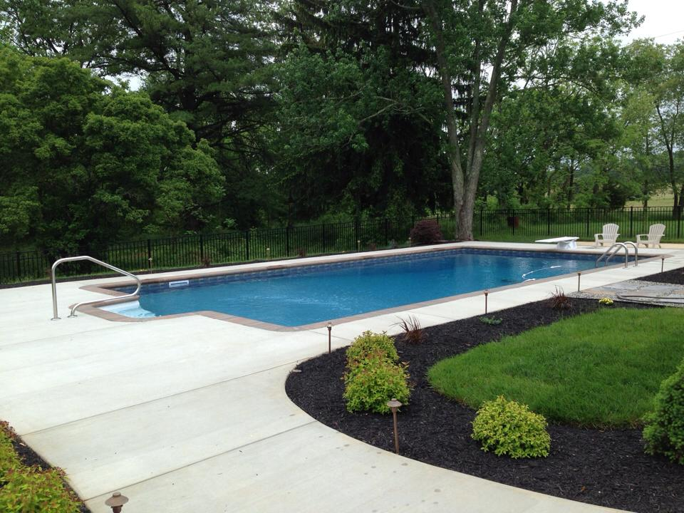 Woodfield pool landscape woodfield pools landscape for Pool design maryland