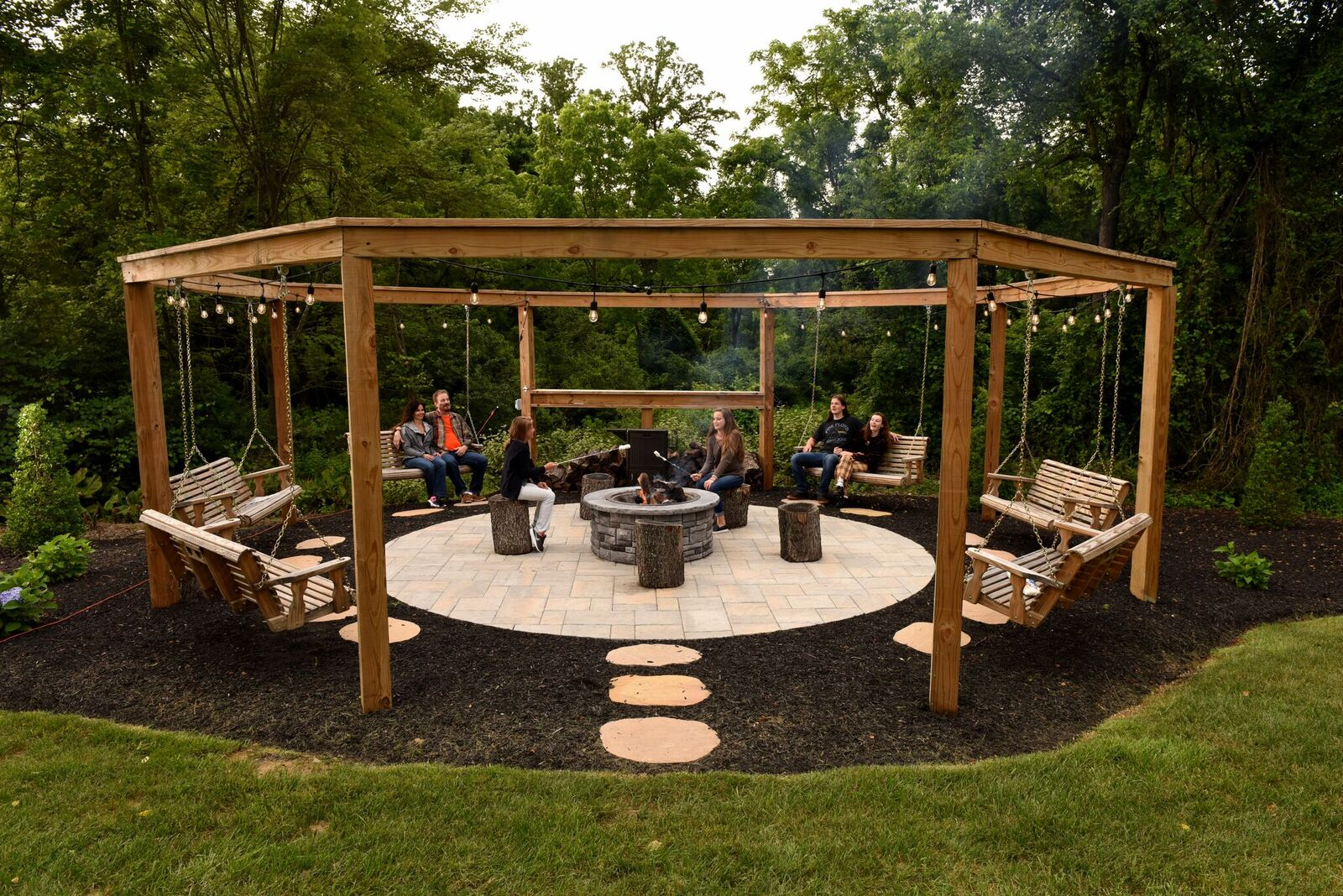Pergola-and-exceptional-outdoor-living