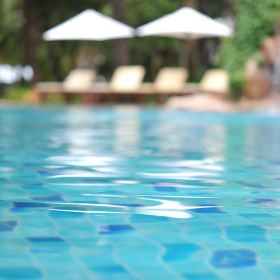 Salt Water Pool Conversion – Is It For You?