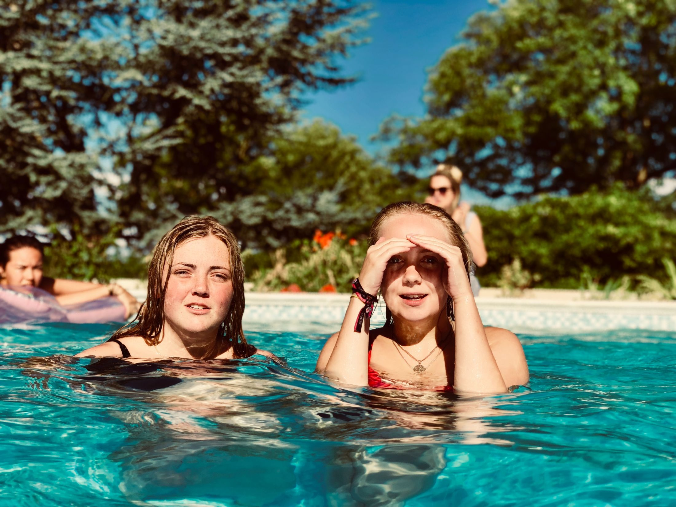 Dug Out Pool Enjoyment Family 1423353