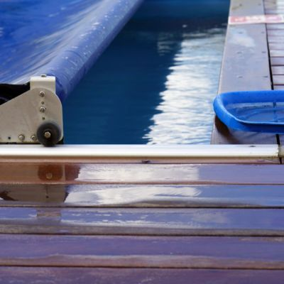Automatic Pool Covers The Pros And Cons
