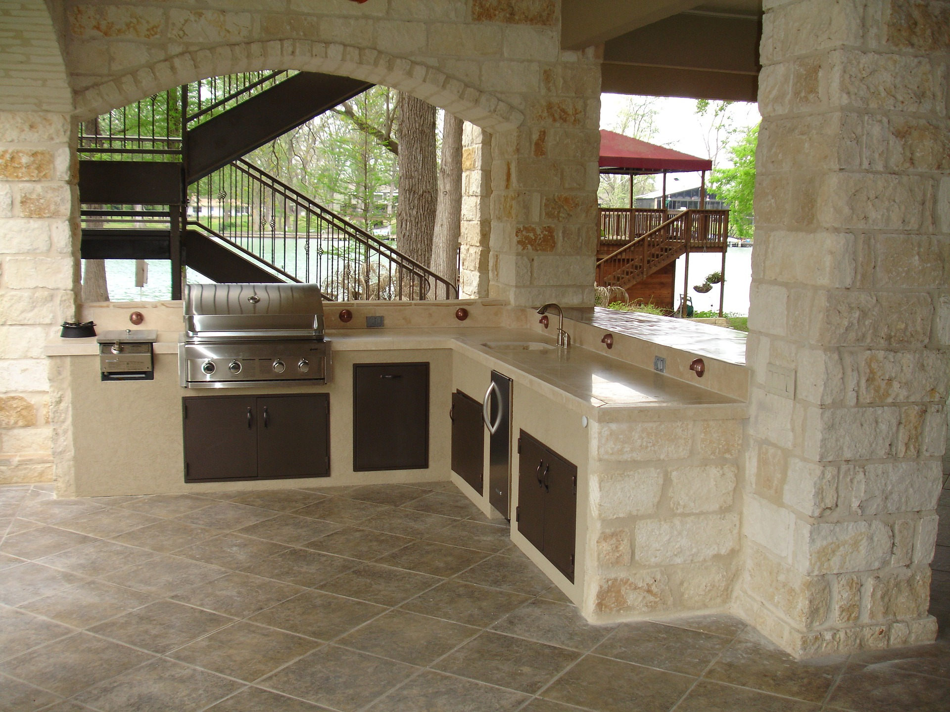 Outdoor-kitchen-woodfield-portfolio