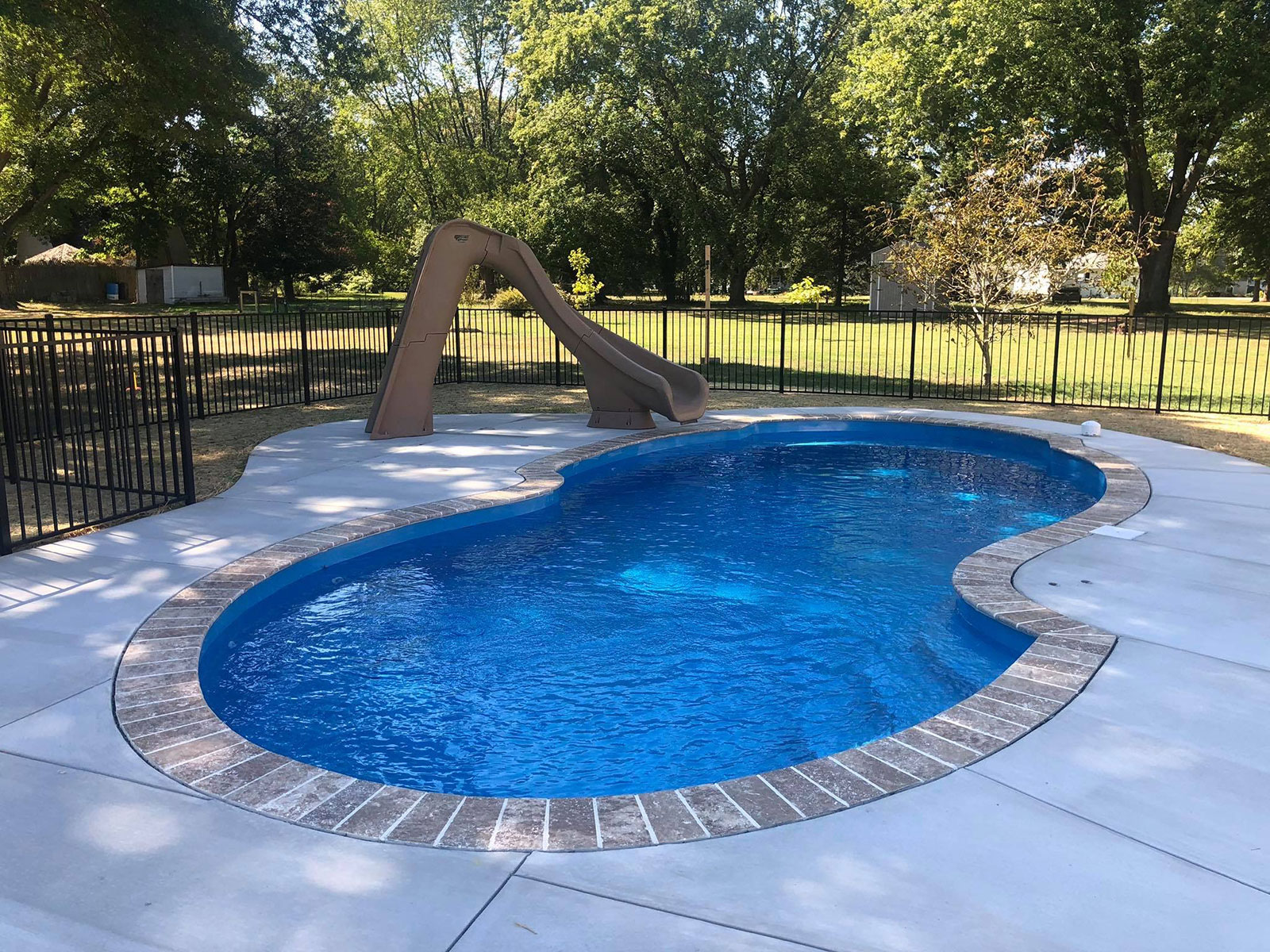 The Pros And Cons Of Inground Fiberglass Pools