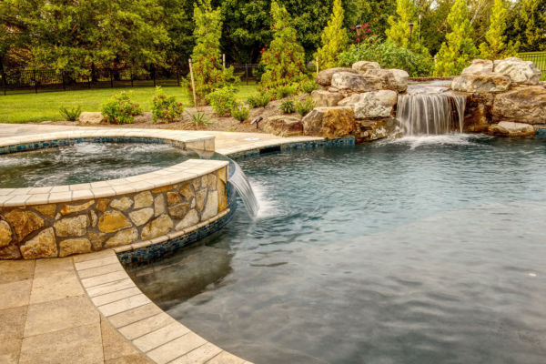 Waterfall-and-pool-acessories
