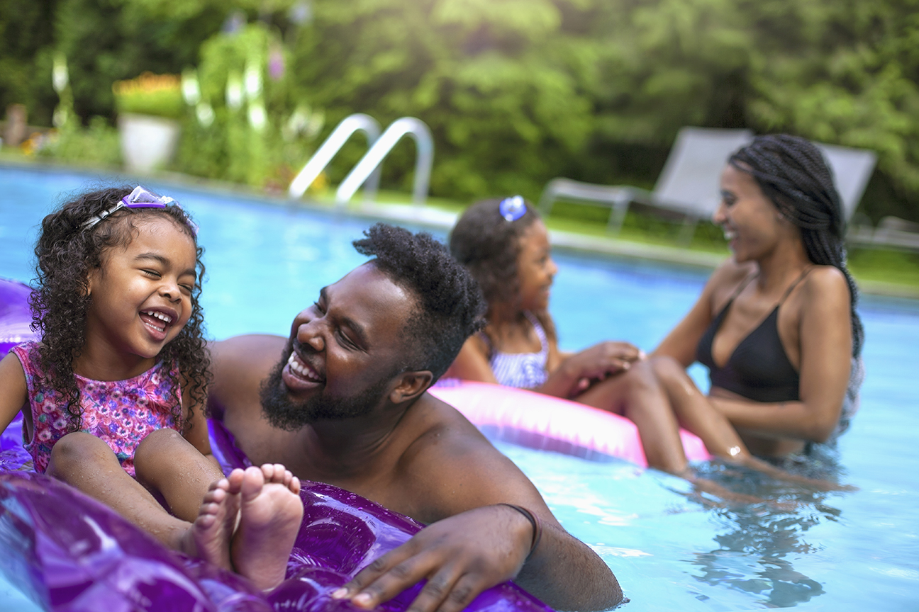 Summer-at-home-family-pool