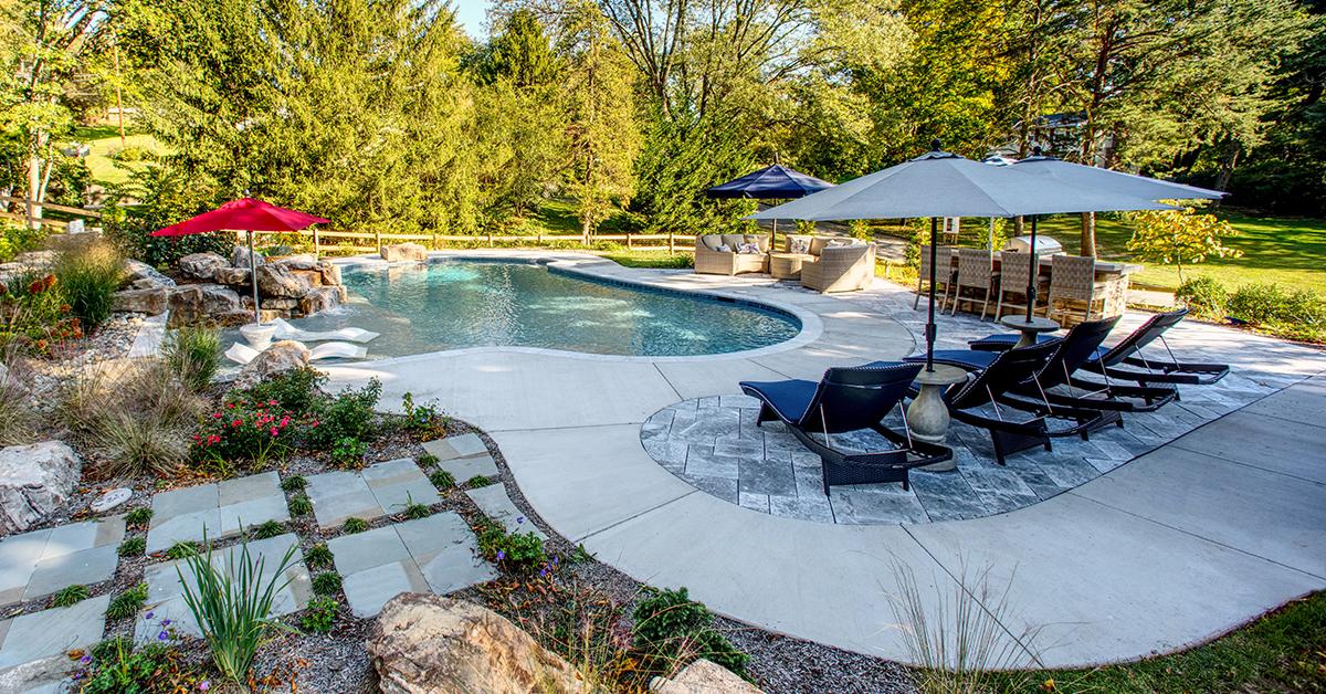 Fiberglass Vs Concrete Pool
